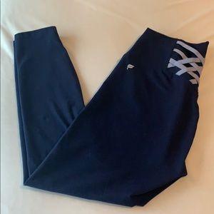 Fabletics Powerhold 7/8 Pants